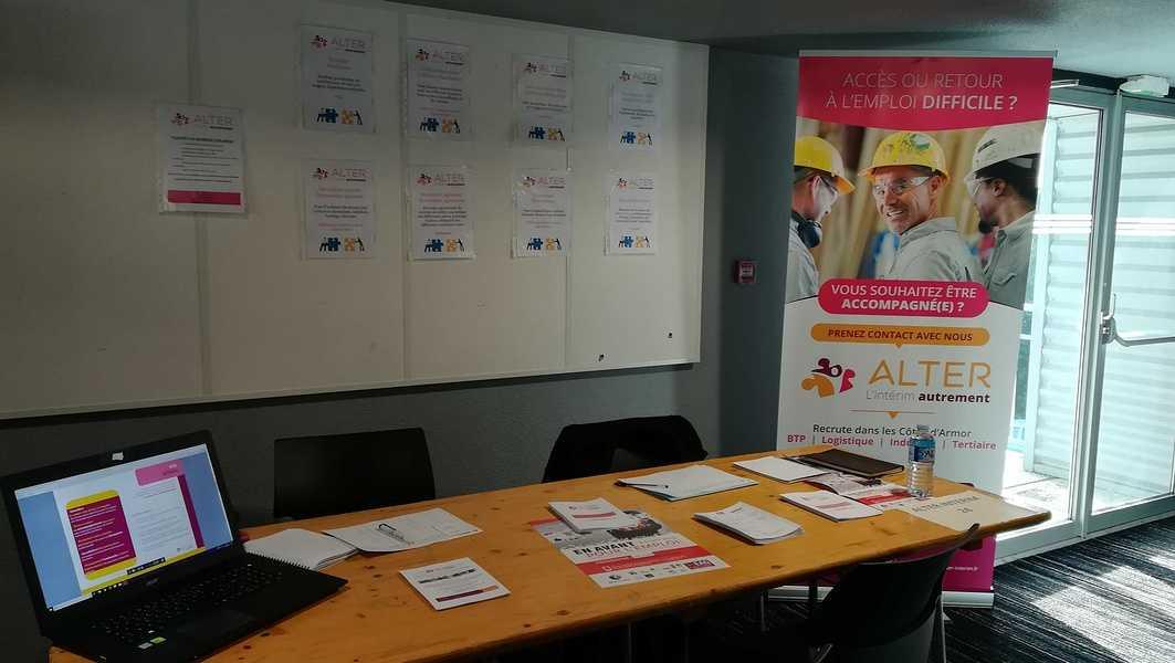 Alter Interim présent au forum En Avant pour l''emploi - Guingamp img201903050921261
